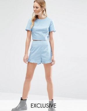 Reclaimed Vintage Комбинируемые шорты в горошек с завышенной талией. Цвет: синий