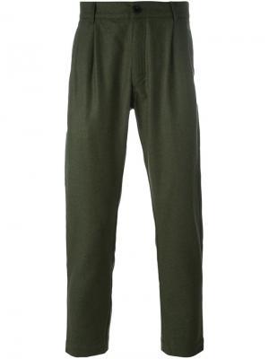Зауженные к низу брюки Études. Цвет: зелёный