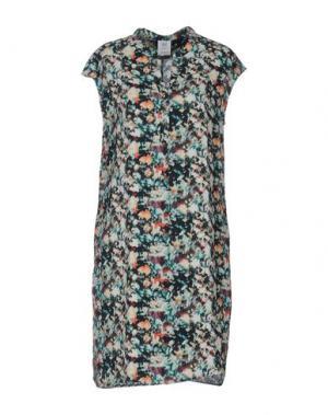 Короткое платье ELVINE. Цвет: зеленый