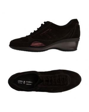 Низкие кеды и кроссовки ANTICA CUOIERIA. Цвет: темно-коричневый