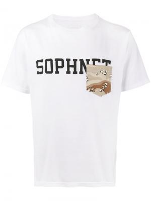 Футболка с карманом и логотипом Sophnet.. Цвет: белый
