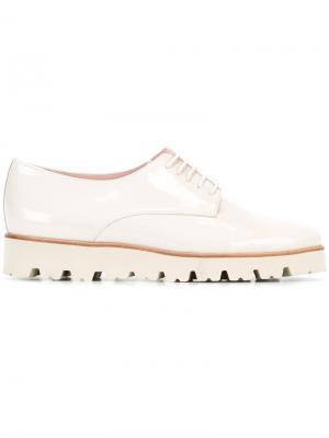 Броги со шнуровкой Pretty Loafers. Цвет: белый