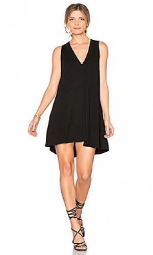 Платье с вырезом v daley Riller & Fount. Цвет: черный