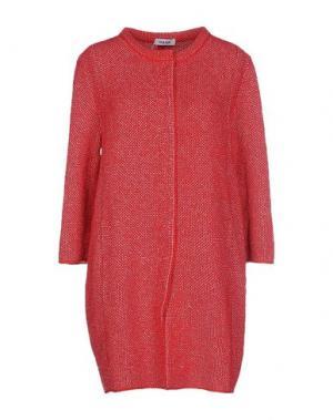 Легкое пальто BASE. Цвет: красный