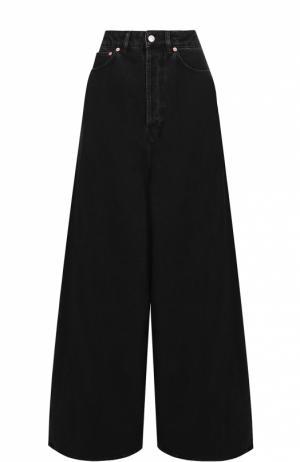 Широкие расклешенные джинсы с завышенной талией Balenciaga. Цвет: черный