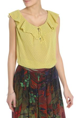 Блузка BGN. Цвет: желтый