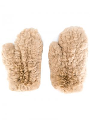 Перчатки-митенки Yves Salomon. Цвет: телесный