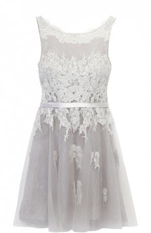 Приталенное кружевное мини-платье с открытой спиной Basix Black Label. Цвет: серебряный