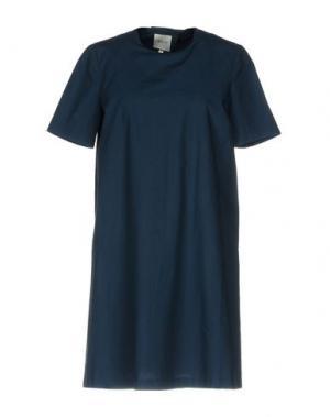 Короткое платье EDIT. Цвет: темно-синий