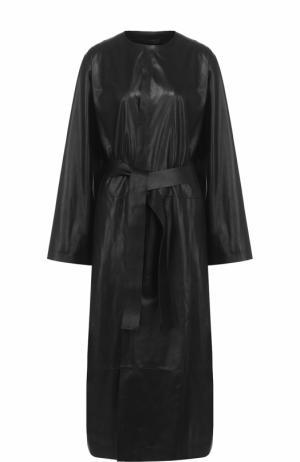 Удлиненное кожаное пальто с поясом The Row. Цвет: черный