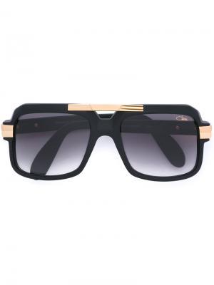 Солнцезащитные очки с массивной оправой Cazal. Цвет: чёрный