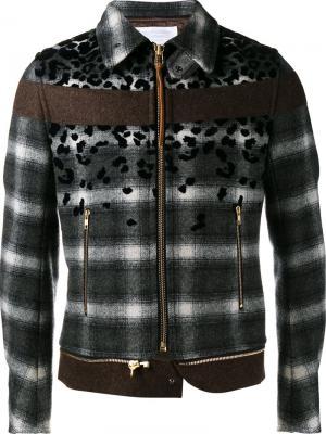 Куртка в клетку Kolor. Цвет: серый