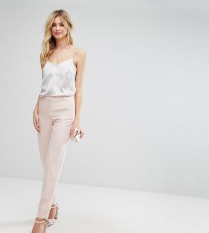 ASOS Tall Укороченные брюки-сигареты из крепа. Цвет: розовый