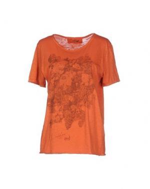 Футболка DAPHNE. Цвет: оранжевый