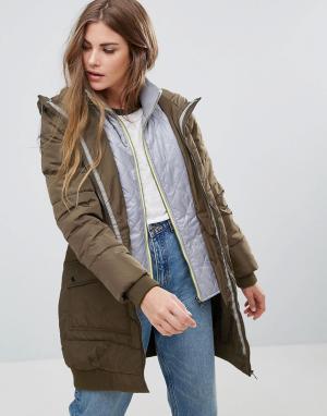 Urban Bliss Длинное стеганое пальто. Цвет: зеленый