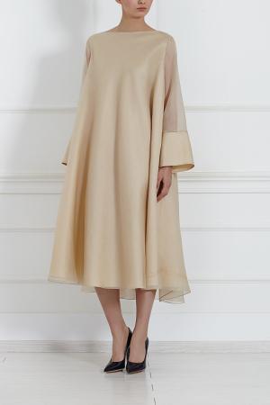 Шелковое платье The Row. Цвет: бежево-золотой