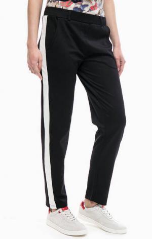 Черные брюки с карманами BLUE SEVEN. Цвет: черный