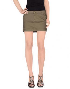 Джинсовая юбка DUCK FARM. Цвет: зеленый-милитари
