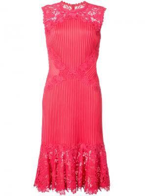 Приталенное платье с кружевом Tadashi Shoji. Цвет: красный