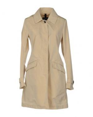 Легкое пальто AQUARAMA. Цвет: бежевый