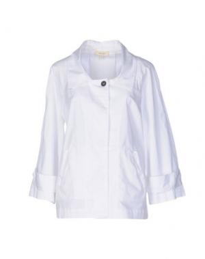 Куртка ZHELDA. Цвет: белый