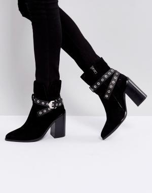 Sol Sana Черные замшевые полусапожки на каблуке Tessa. Цвет: черный