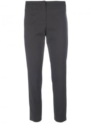 Укороченные строгие брюки Les Copains. Цвет: серый