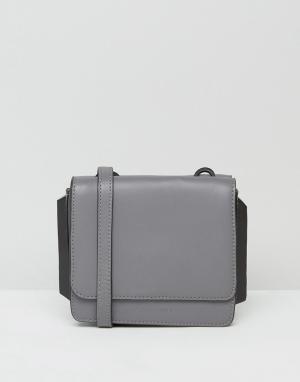 Kendall + Kylie Кожаная сумка через плечо Baxter. Цвет: серый