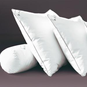Подушка из латекса с обработкой PRONEEM BEST. Цвет: белый