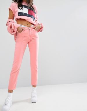 Tommy Jeans Укороченные прямые джинсы с завышенной талией. Цвет: розовый