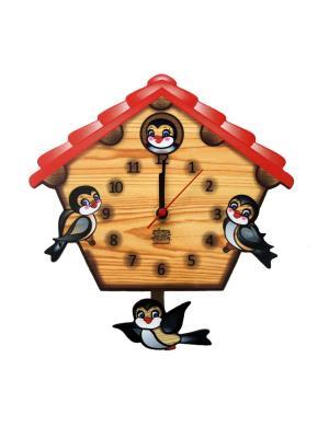 Часы с маятником Ласточкин дом Ларец Чудес. Цвет: черный, красный, светло-коричневый