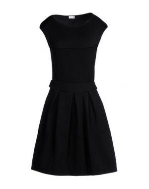Платье до колена 8. Цвет: черный