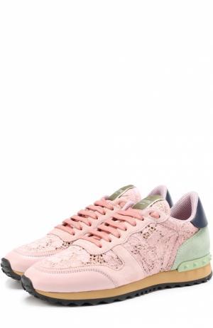 Комбинированные кроссовки Rockrunner с кружевной отделкой Valentino. Цвет: розовый