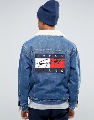 Tommy Jeans Классическая джинсовая куртка‑пилот с подкладкой из искусственного мех. Цвет: синий