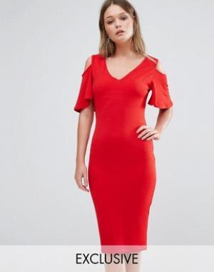 Club L Платье миди с вырезами на плечах и рюшами. Цвет: красный