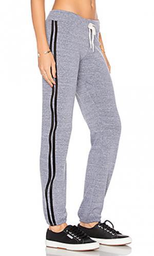 Классические спортивные брюки MONROW. Цвет: серый