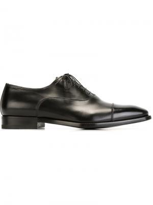 Туфли оксфорды Santoni. Цвет: чёрный