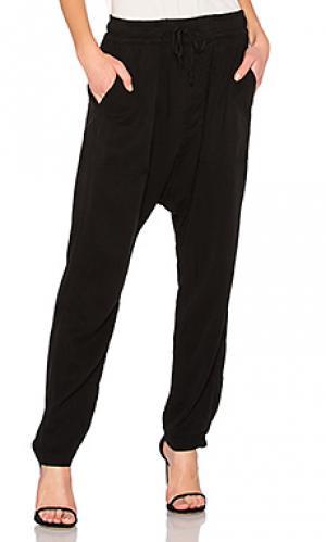 Свободные брюки jojo NSF. Цвет: черный