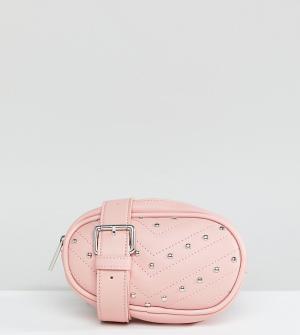 Skinnydip Сумка-кошелек на пояс с заклепками эксклюзивно от Jamie. Цвет: розовый