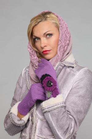 Перчатки LakMiss. Цвет: сиреневый