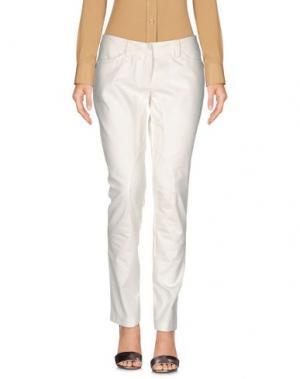 Повседневные брюки BLU BYBLOS. Цвет: белый