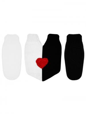 Варежки для влюбленных Knitto.ru. Цвет: черный, белый