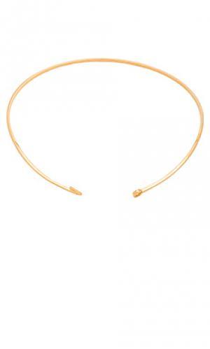 Обруч с застёжкой на крючок Miansai. Цвет: металлический золотой