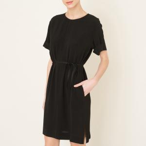 Платье с короткими рукавами POMANDERE. Цвет: черный
