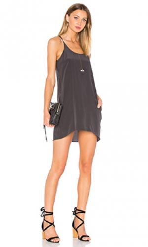 Платье silk t back Chaser. Цвет: черный