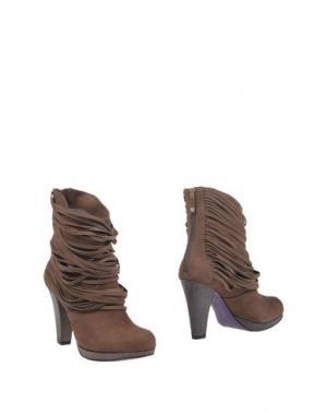 Полусапоги и высокие ботинки MIEZKO. Цвет: какао