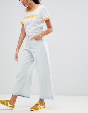 Wrangler Широкие укороченные джинсы. Цвет: белый