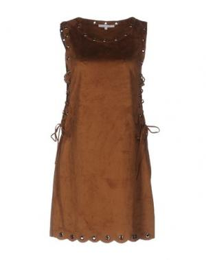 Короткое платье KORALLINE. Цвет: хаки
