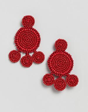 Pieces Броские серьги-подвески из бисера. Цвет: красный