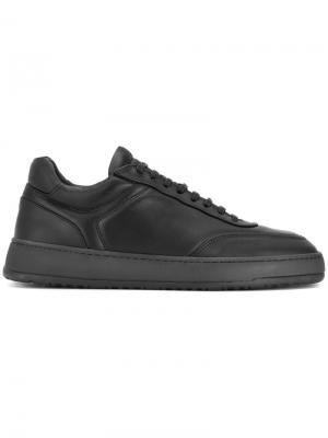 Кроссовки со шнуровкой Etq.. Цвет: чёрный